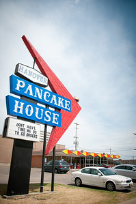 Retro pancake house in Topeka