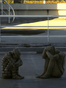 DUB statues