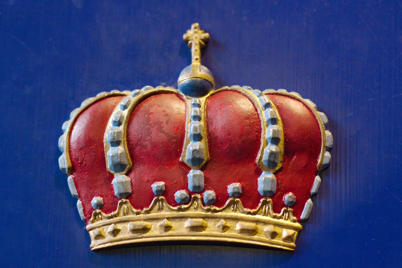 Crown In Blue