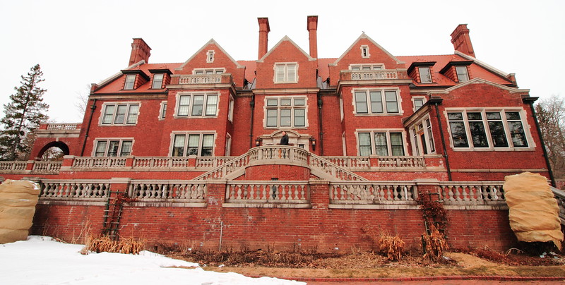 Back of Glensheen Mansion