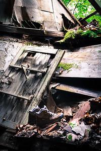 Durchgelatscht & dagelassen... / Left behind the ruined hiking boots...