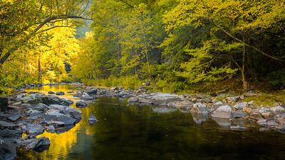 Autumn color on the Little River