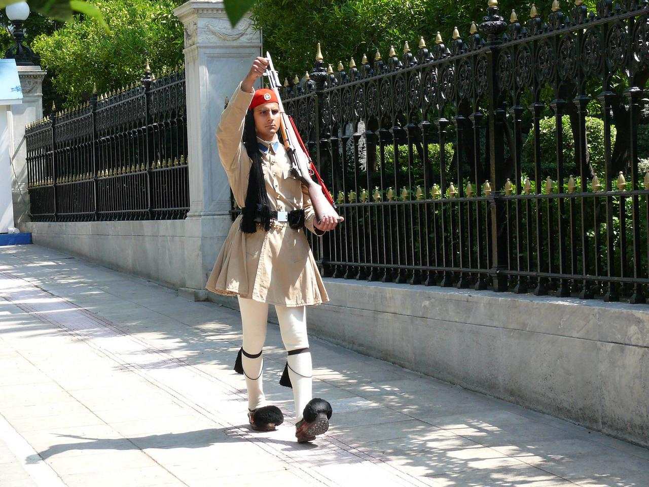 102_820 Greece Guard