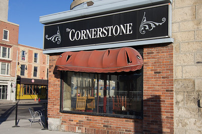 The Cornerstone looking a bit tired however it's the food that counts.  It ranks 44 out of 299 restaurants in Guelph in TripAdvisor