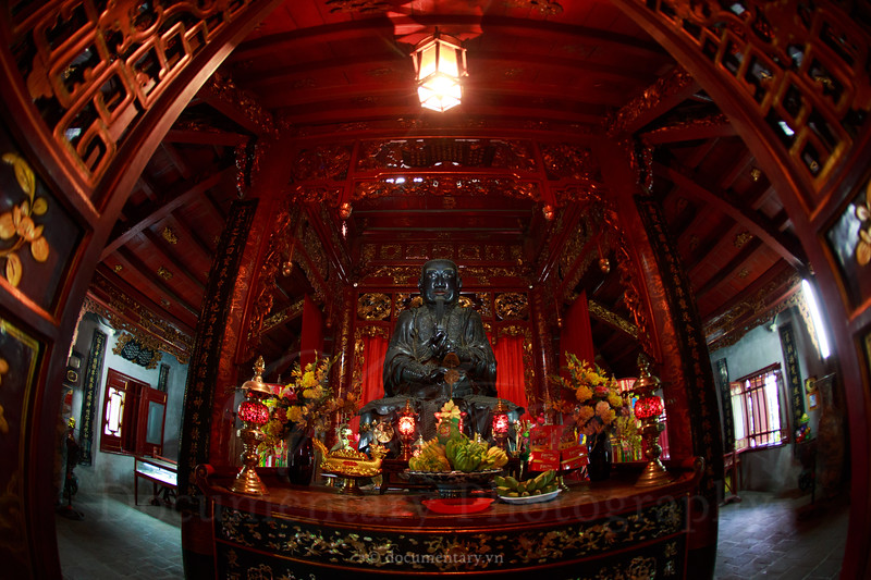 The statue of Trấn Vũ