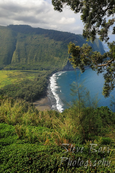 Waipiʻo Valley Lookout