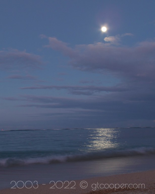 """Moonset"" Waikiki, Oahu, Hawaii"