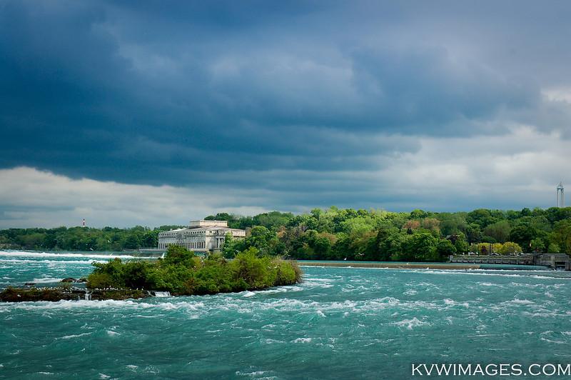 Intake House, upstream from the Horseshoe Falls, Niagara.