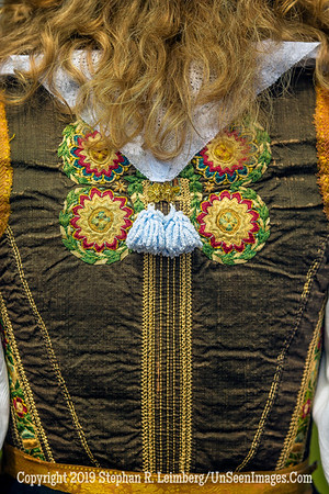 Back of  Dutch Costume 20130421_8820