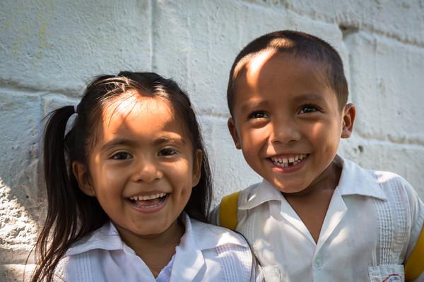 Smiling children at Escuela Isonlina Torres de Zavala
