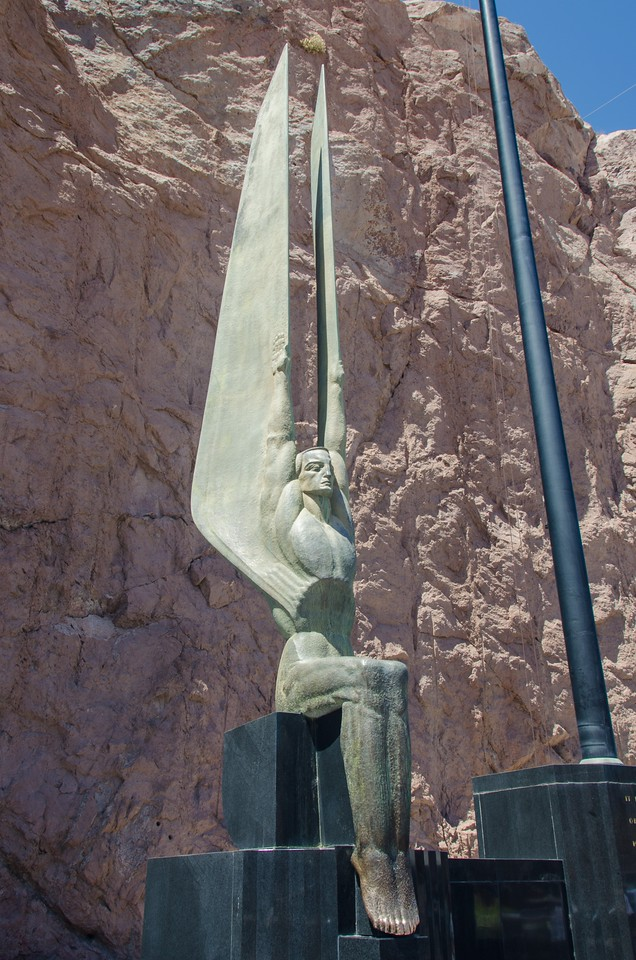 Statue on Hoovers dam