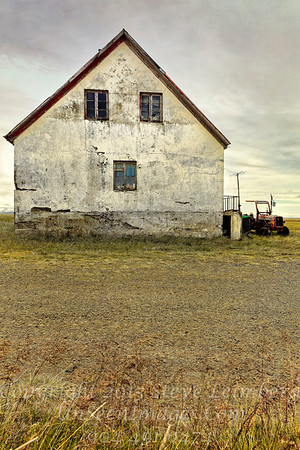 Farmhouse and Tractor II - Copyright 2017 Steve Leimberg - UnSeenImages Com _Z2A0955