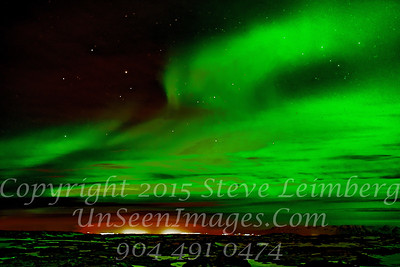 Northern Lights x - Copyright 2017 Steve Leimberg - UnSeenImages Com _DSC8861