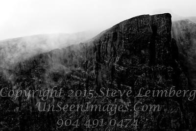 Dark Mountain - Copyright 2017 Steve Leimberg - UnSeenImages Com _Z2A1189
