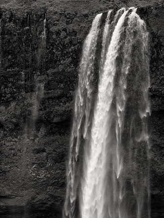 Waterfall Iceland Copyright 2021 Steve Leimberg UnSeenImages Com _DSF1325