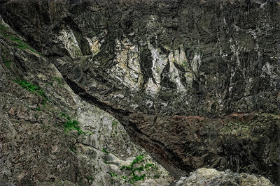Detail on Cliff Wall Iceland Copyright 2021 Steve Leimberg UnSeenImages Com _DSC4577 copy
