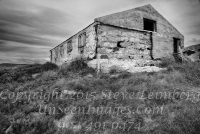 Old Farmhouse - B&W Copyright 2017 Steve Leimberg - UnSeenImages Com _Z2A1031