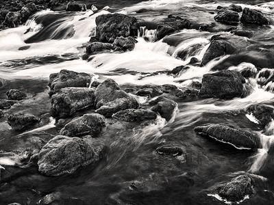 Waterfalls Iceland B&W Copyright 2021 Steve Leimberg UnSeenImages Com _DSF1567