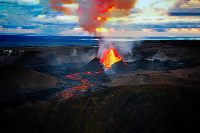 Volcano  Iceland Copyright 2021 Steve Leimbrerg UnSeenImages Com DSC01426-Enhanced copy