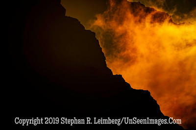 Sunset in Mountains - Copyright 2019 Steve Leimberg UnSeenImages Com _Z2A0134