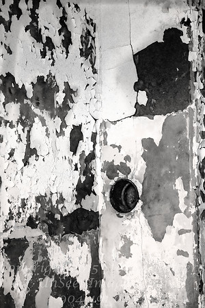 Detail in House on Hill - B&W Copyright 2017 Steve Leimberg - UnSeenImages Com _DSC4652