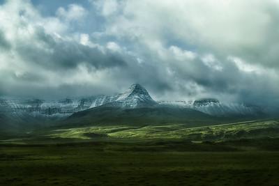 Skessuhorn-Borgarfjörður-Iceland