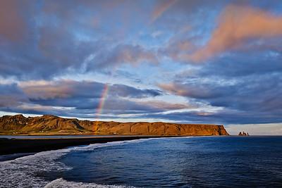 Reynisfjara-Vik-Iceland