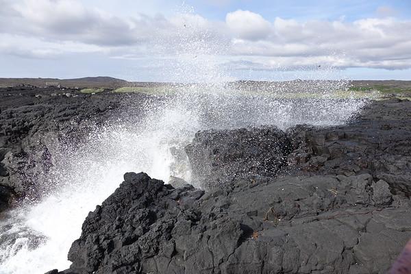 Reykjanes Peninsula - Brimketill Lava Pool