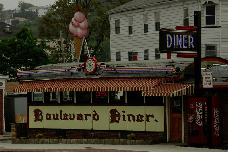 Boulevard Diner
