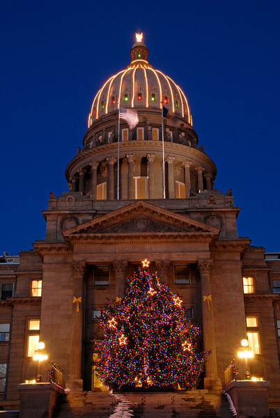 Boise Capitol at Christmas