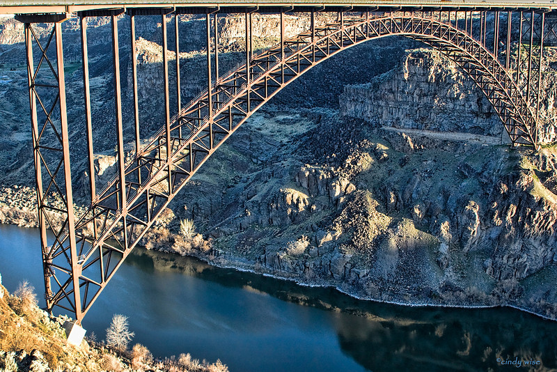 snake river bridge @ twin falls