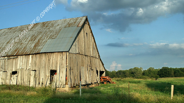 IMG_8785 Old Barn and Tractor