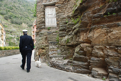 Walking the cat in Vernazza