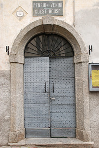 Doors in Cadenabbia