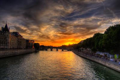 Sunset at the Pont Neuf, Paris, France