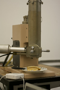 Electron microscope investigating nachos