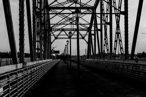 2016_11_26 San Jacinto River Bridge at 69N_-81
