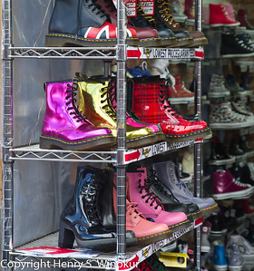 ©2010 Henry S. Winokur Shoes on a rack, in London.