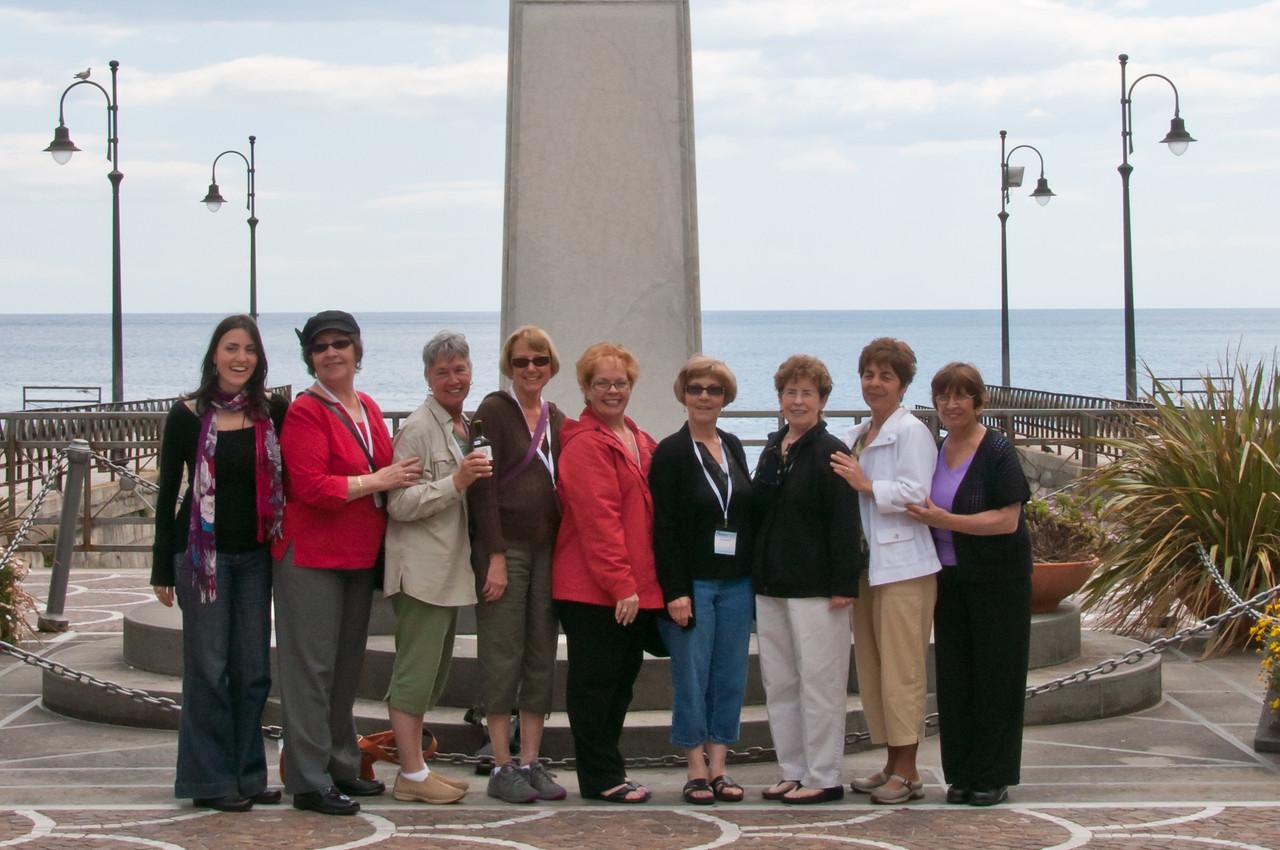 Manuela, Cecilia, Sandy, Connie,Wanda, Virginia, Mary Anne, Rhonda,Carol