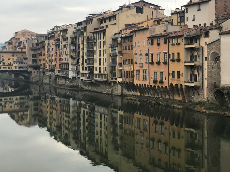 River Arno and the Ponto Vecchio, Florence, Italy