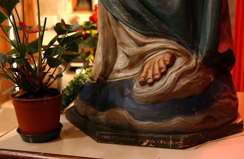 Lucca - Santa Maria Jesus' Foot