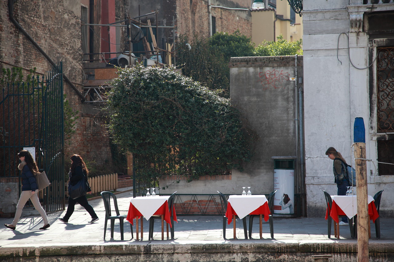 Restaurant tables in Venice