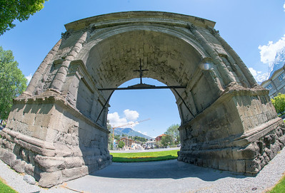 Arch of Augustus, Aosta, Italy