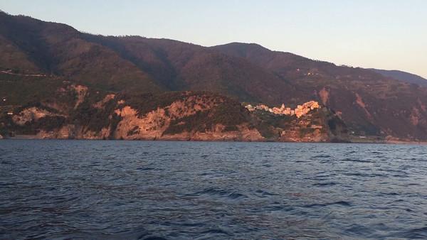 Video - short glimpse of Corniglia from the sea.
