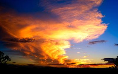 light-damming cloud formation