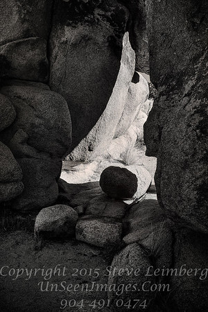 Between the Rocks Joshua Tree National Park - Copyright 2016 Steve Leimberg - UnSeenImages Com L1100842