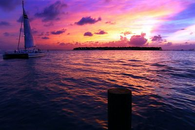 "IMG_5163 ""A glimpse of paradise"", Sunset in Mallory Square, Key West"
