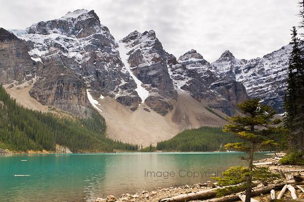 Amazing Moraine Lake, Banff National Park, Alberta