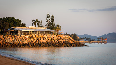 Beach front bar, Townsville