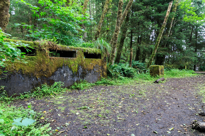 Abandoned WWII Radar Bunk Installation - Ecola State Park, Oreogn